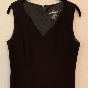 🌻5/$20 Donna Gray Black Dress